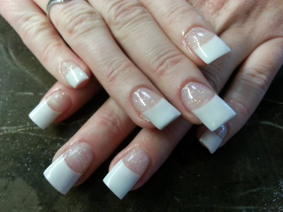 Medford nail salon hours nail ftempo for Nail salon hours